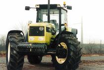 Frontale del trattore Hürlimann Elite 6135-XB
