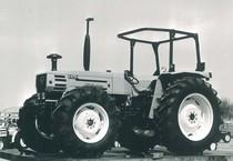 Trattore modello H 476 - 4