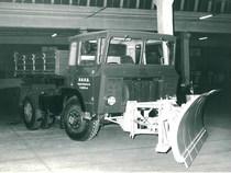 Samecar Elefante AC 4x4 con spazzaneve utilizzato dall'ANAS del compartimento dell'Aquila