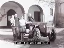 Presentato alla stampa specializzata un nuovo trattore a 4 ruote motrici - Archivio Storico Luce