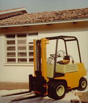 Motore ADIM per carrello caricatore