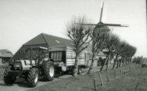 [Deutz-Fahr] trattore Agrostar 6.61 al lavoro con rimorchio