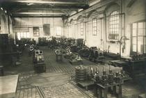 Linea di assemblaggio della Trattrice Cassani - Azienda Barbieri di Bologna