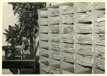[Ködel & Böhm] Wilhelm Ködel all'interno di un ufficio della fabbrica di Lauingen