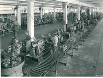 Stabilimento Same - Operaio al lavoro