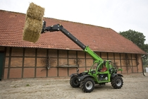[Deutz-Fahr] Agrovector 30.7 durante lavori in azienda
