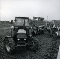 [Deutz-Fahr] trattore DX 3.65 al lavoro