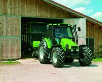 [Deutz-Fahr] trattori Agrotron 90 in studio e al lavoro