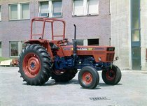 [SAME] trattore Buffalo 120 a 2 ruote motrici con telaio presso lo stabilimento di Treviglio