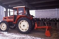 [SAME] trattore Explorer 90 Turbo al lavoro in azienda agricola