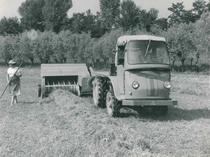 Samecar Agricolo con pressa raccoglitrice
