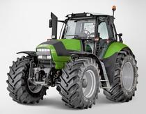 [Deutz-Fahr] trattore Agrotron 650 M in studio fotografico