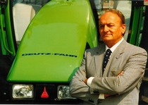 Sig. Giuseppe Carera - Responsabile vendite Deutz-Fahr Italia per il Gruppo SAME Deutz-Fahr