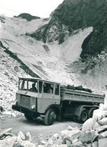 Samecar Elefante AC 6x6 nelle cave di Carrara