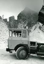 Samecar Elefante A/C 6x6 in cava a Carrara