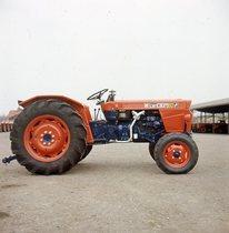 [SAME] trattore Centauro 60 visto di lato
