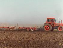 Trattore SAME Buffalo 130 in aratura in Argentina