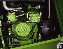 [Deutz-Fahr] mietitrebbia TopLiner 8 XL dettagli e parti del motore