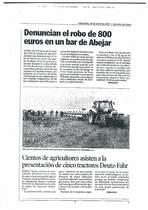 Cientos de agricultores asisten a la presentacion de cinco tractores Deutz-Fahr