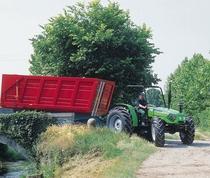 [Deutz-Fahr] trattore Agrolux 90 con rimorchio