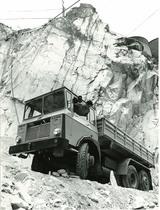 Samecar Elefante AC 6x6 in cava a Carrara