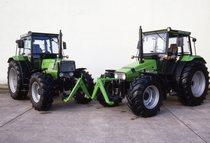 [Deutz-Fahr] trattori Agroprima 4.51 e AgroXtra 4.57 in studio fotografico