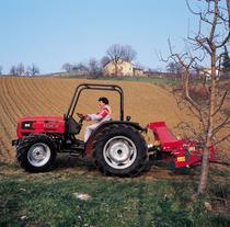 [SAME] trattore Argon 70 al lavoro con ripuntatore