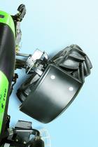 [Deutz-Fahr] trattore Agrotron K 100 in studio fotografico