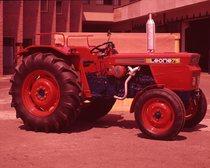 [SAME] trattore Leone 75 presso lo stabilimento di Treviglio