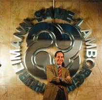 Dr. Boni - Direttore commerciale Italia e filiali del Gruppo SLH