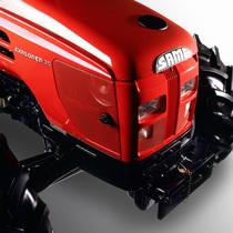 [SAME] trattore Explorer 75 in studio fotografico