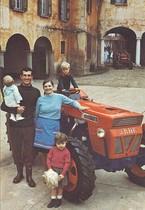 Pubblicitaria - Minitauro il più giovane dei trattori SAME per la nuova famiglia agricola