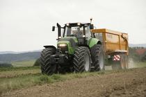 [Deutz-Fahr] trattore Agrotron X 720 con rimorchio