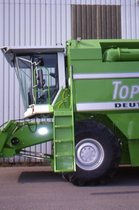 [Deutz-Fahr] mietitrebbia TopLiner 8 XL