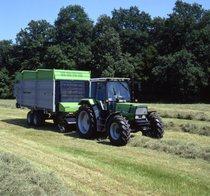 [Deutz-Fahr] trattore Agrostar 4.61 al lavoro con rimorchio