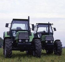 [Deutz-Fahr] trattori DX 6.30 e DX 4.50 prove in campo