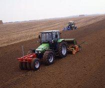 [Deutz-Fahr] trattore AgroXstra 4.57 in fase di semina
