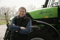 [Deutz-Fahr] agricoltori con trattore Agrotron 150