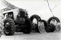 Concessionario Di Nardo - Esposizione trattori SAME