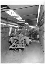 Stabilimento Same - Linea 2 montaggio trattori - particolare della verniciatura
