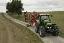 [Deutz-Fahr] trattore Agrotron X 720 con erpice a dischi