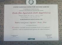 """Riconoscimento di Novità Tecnica 1995 - Trattrice nuova gamma """"Agrotron"""" Deutz-Fahr"""
