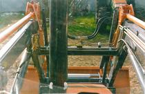 [Deutz-Fahr] particolari dall'interno della cabina del trattore Agrostar