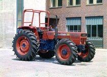 [SAME] trattore Buffalo 120 a 4 ruote motrici con telaio presso lo stabilimento di Treviglio