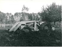 Trattore SAME Centauro con escavatore