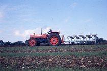 [SAME] trattore Buffalo 120 con aratro reversibile