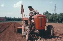 Trattore SAME Sametto V a 4 ruote motrici con barra falciante e fresatrice