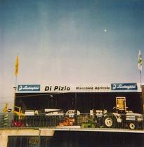 """Concessionario Lamborghini """"Di Pizio Macchine Agricole"""""""