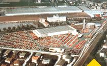 Vista aerea dello stabilimento di Treviglio con logo della prima applicazione del Biodiesel