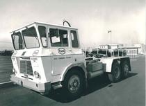 Samecar Elefante TS/A 6x4 per trasporto cisterna Esso